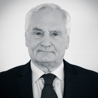 Dr. Baráth Etele