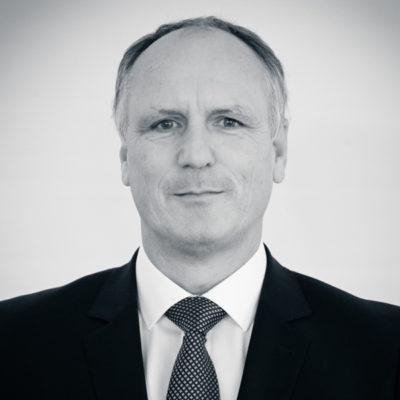 Kadler Gusztáv