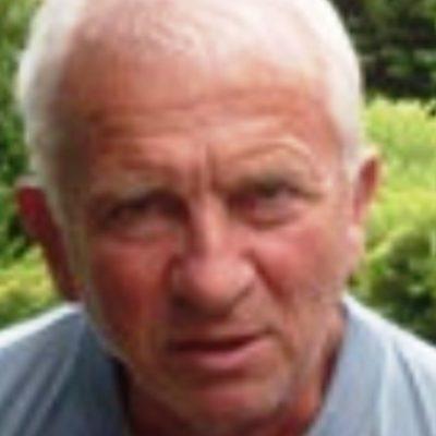 Simon László