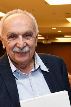 Kajakkal az egyetemre is – Hetvenöt éves dr. Csizmadia István