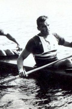Harcolt a kajakban, majd küzdött az emberi életekért – Tímár Istvánra emlékezünk